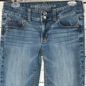American Eagle Jeans Artist Low-Rise Bootcut